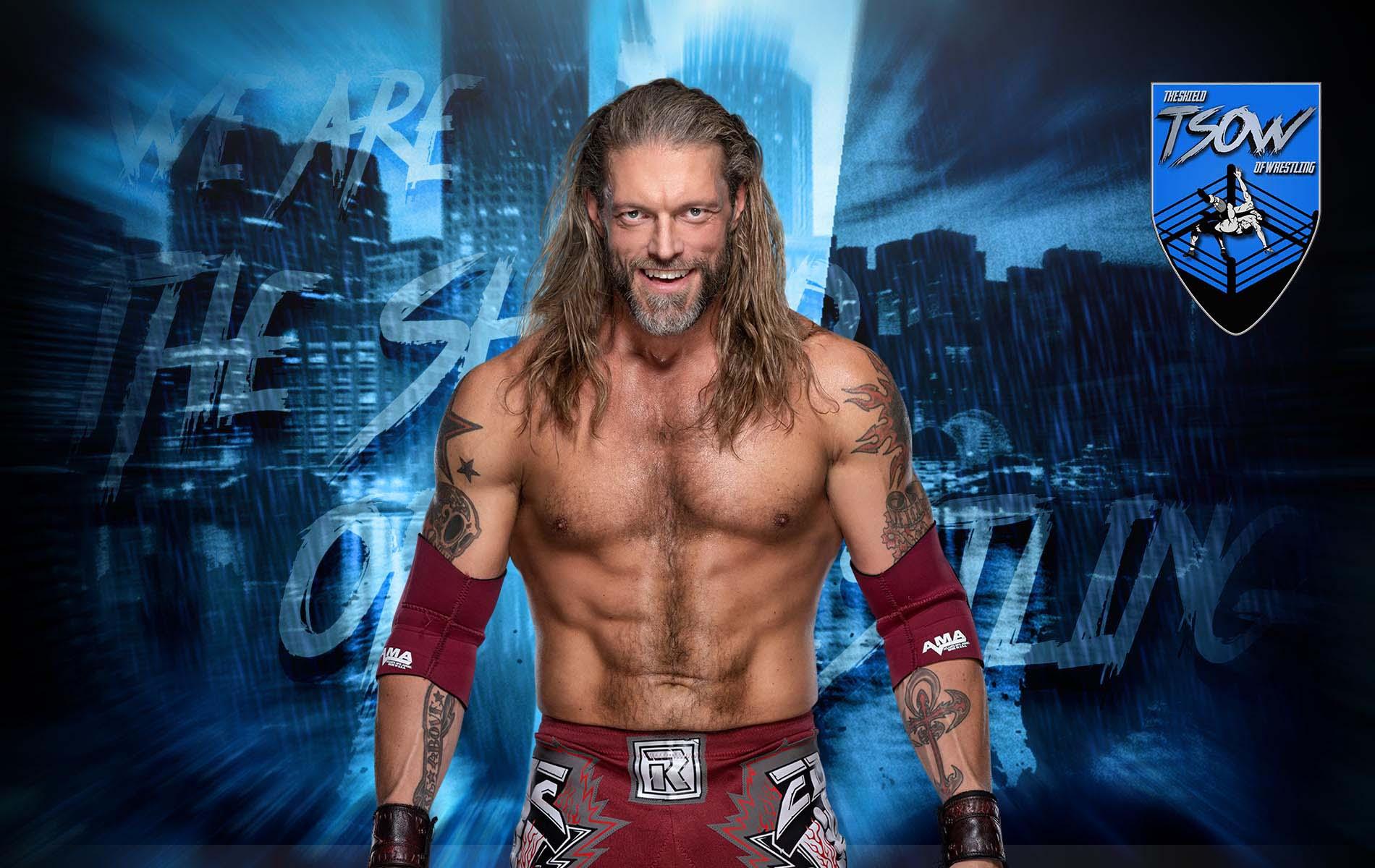 Edge appare a SmackDown e si confronta con Roman Reigns