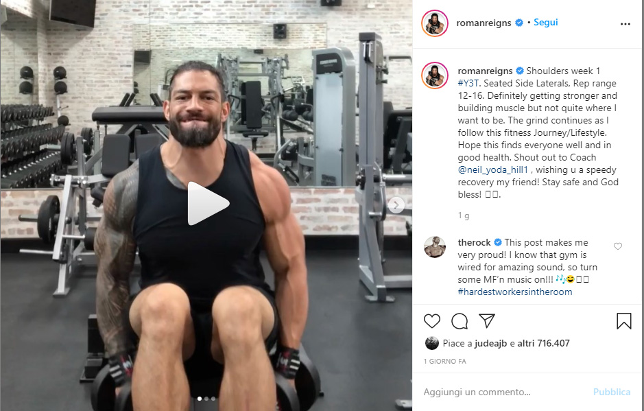 The Rock reagisce ad una foto in palestra di Roman Reigns