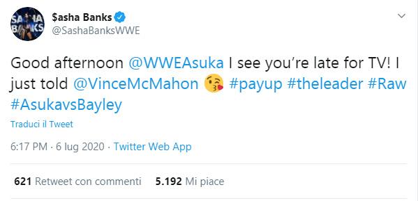 Sasha Banks denuncia i ritardi di Asuka alle registrazioni