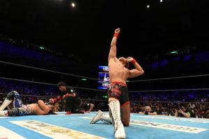 Tetsuya Naito è in piedi, Hiroshi Tanahashi no